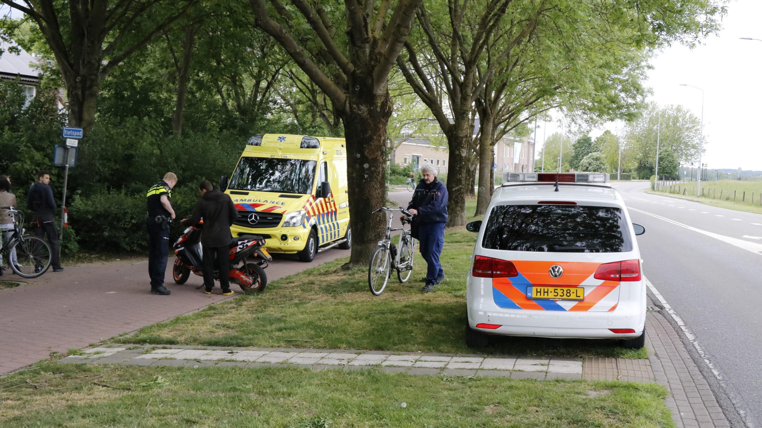 Geen gewonden tussen aanrijding scooter met fietser