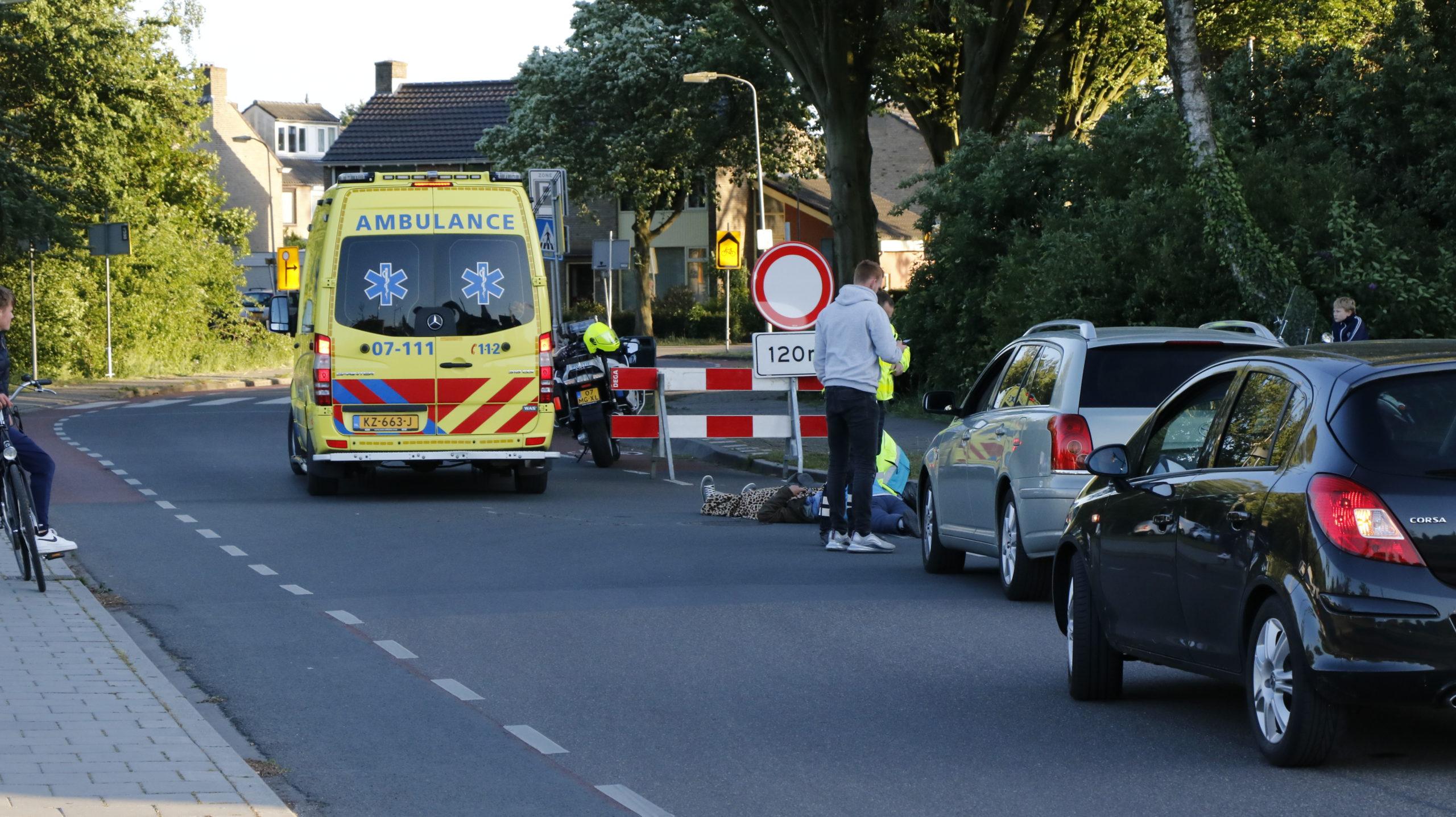 Scooterrijder gewond bij aanrijding.