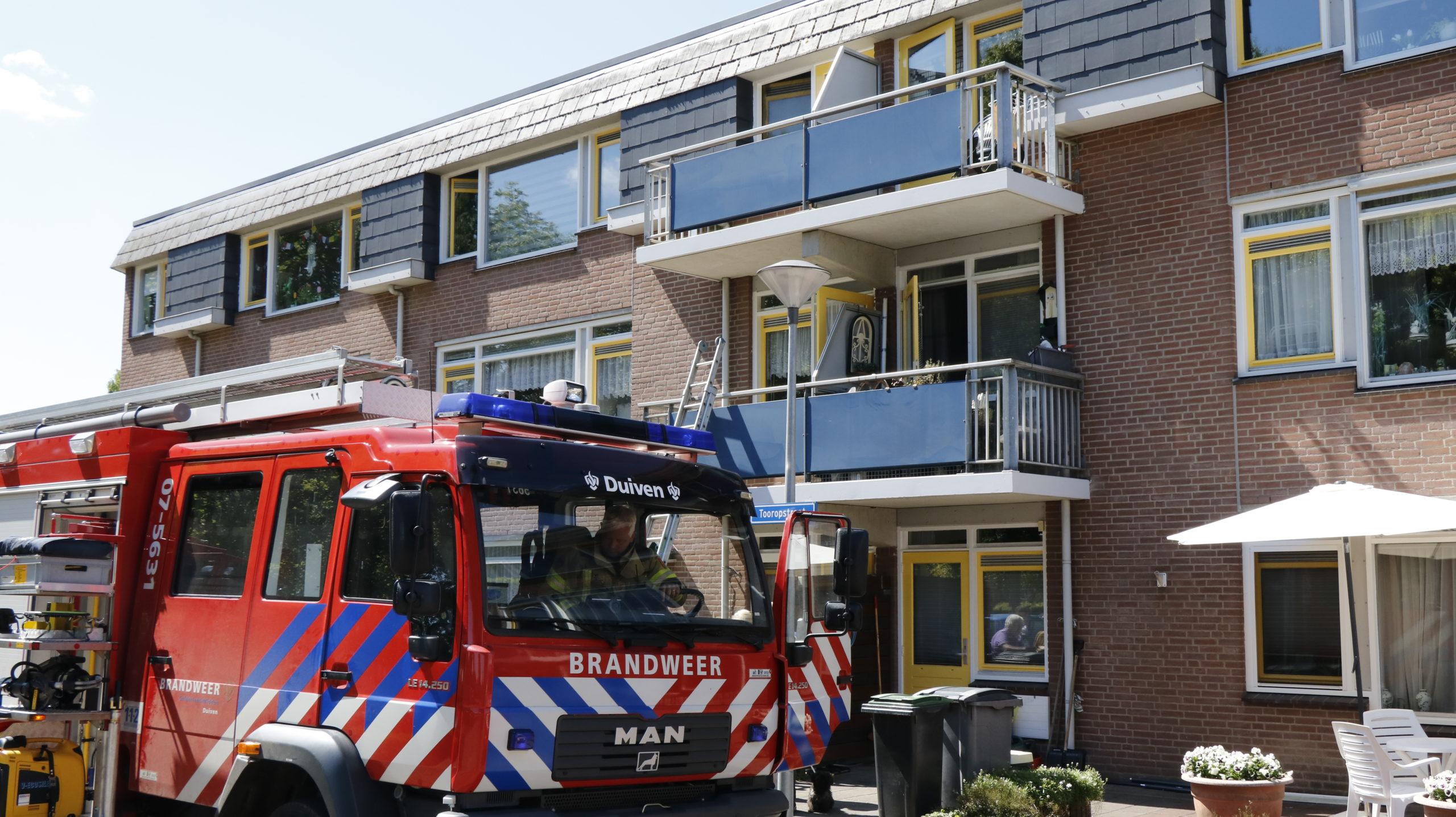 Bewoners zorgcentrum ontruimd vanwege brand.