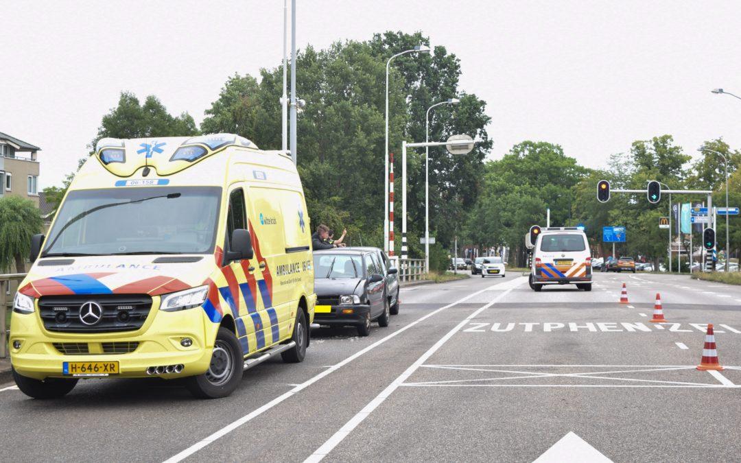 Flinke schade bij kop staartbotsing op de Europabrug