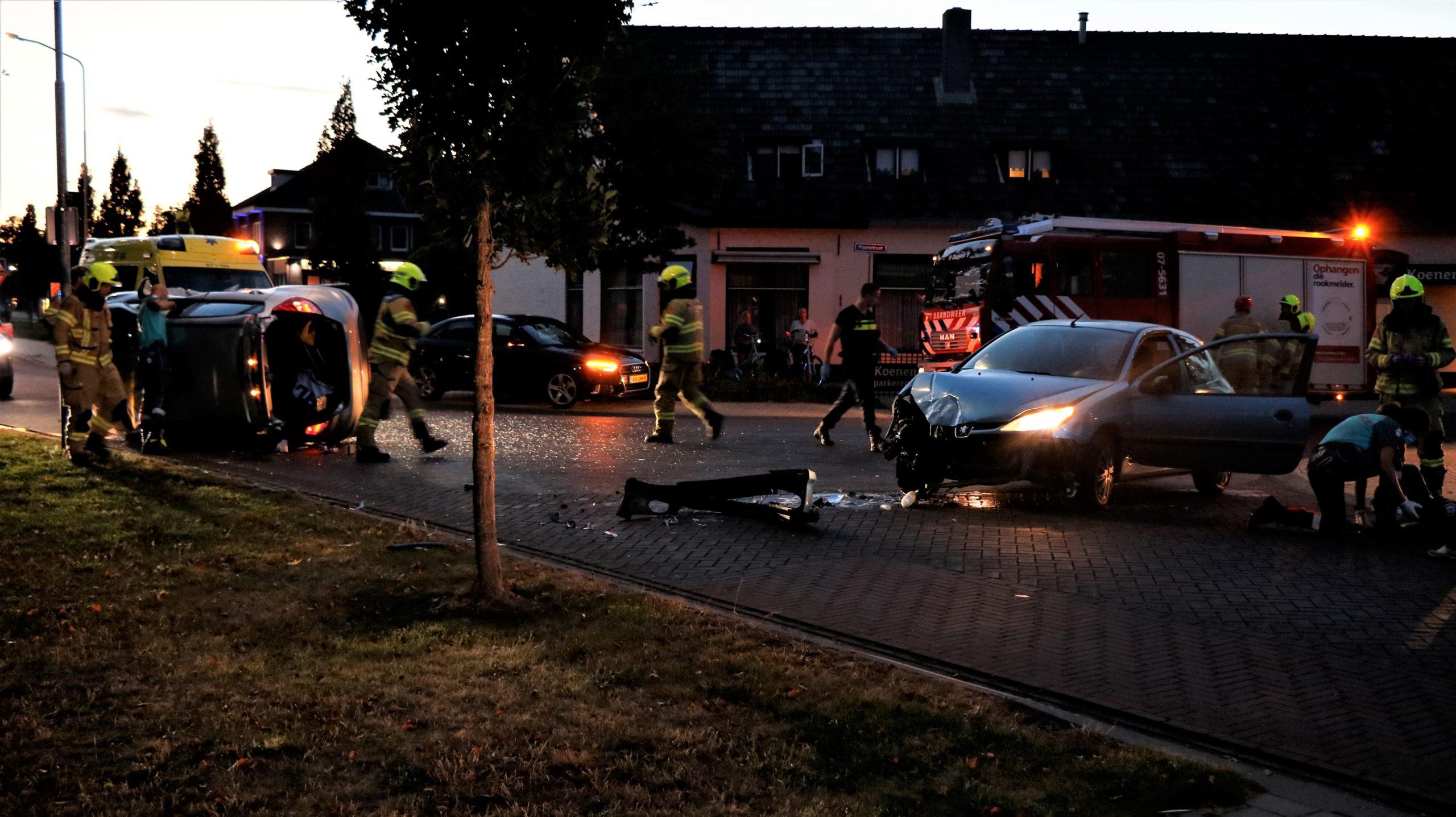 Twee gewonden bij zwaar ongeval ( +video).