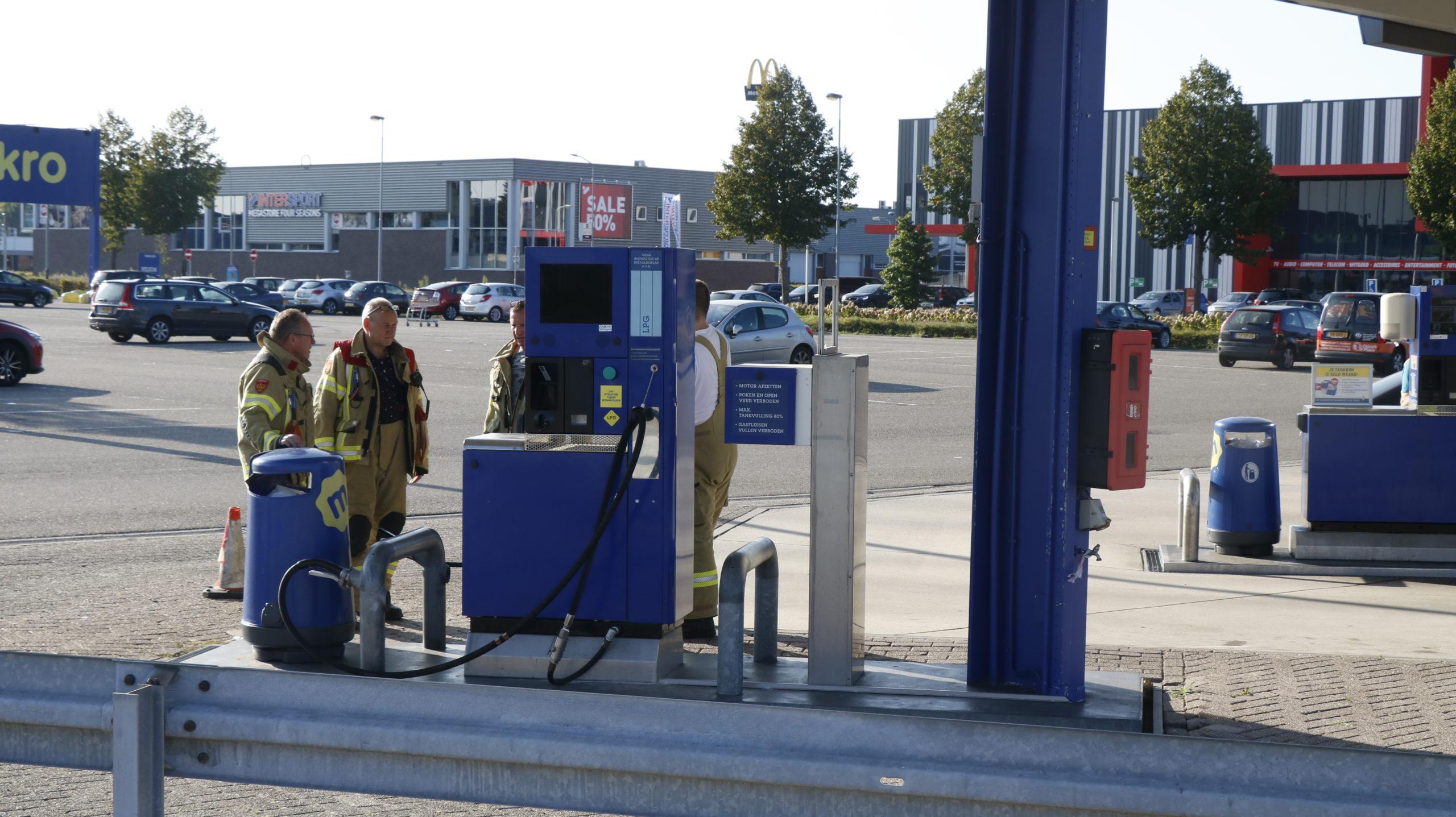 Gaslucht bij tankstation Makro Duiven.