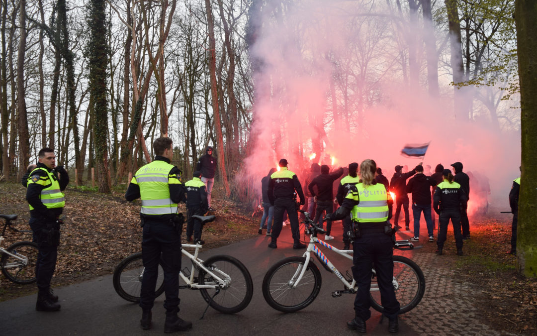 Journalisten belaagd bij stadion De Graafschap te Doetinchem