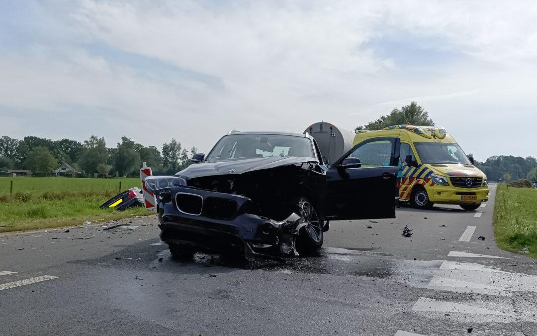 Geen gewonden bij flinke aanrijding op de N316 tussen Zelhem en Doetinchem